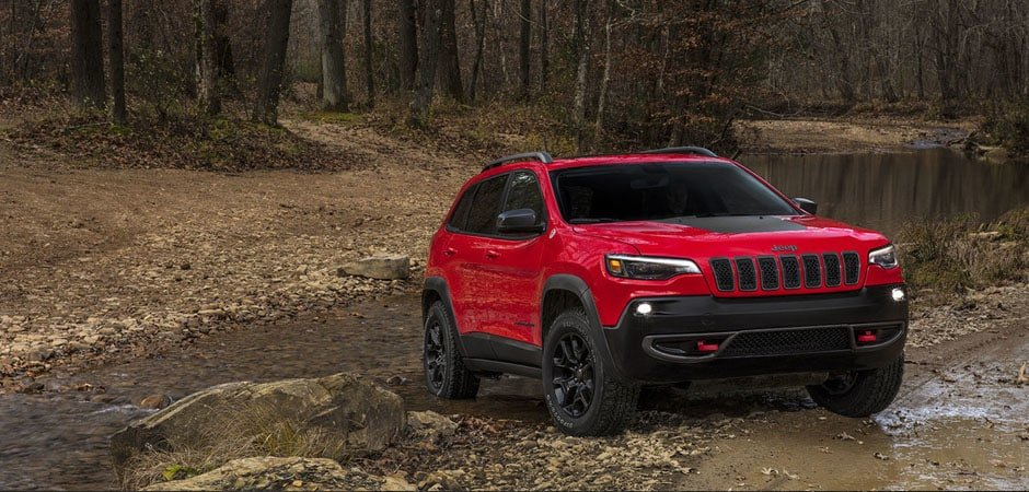 Find the 2019 Jeep Cherokee at Eastside Dodge in Calgary, AB
